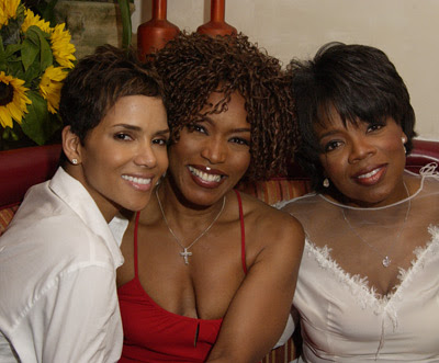 halle berry sister
