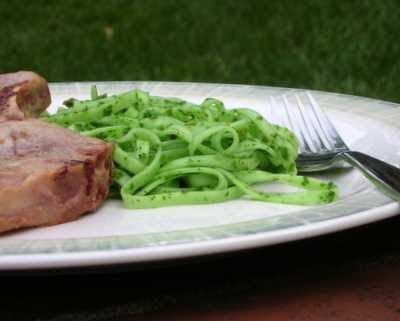 Arugula Pesto ♥   A Veggie Venture: Arugula Pesto ♥