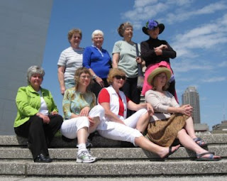 The Ochers and the YaYas at the Gateway Arch in St. Louis