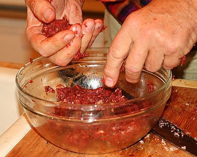 Making meatballs from ground elk