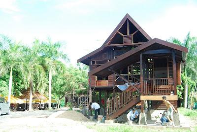 Reka Bentuk Rumah Kayu