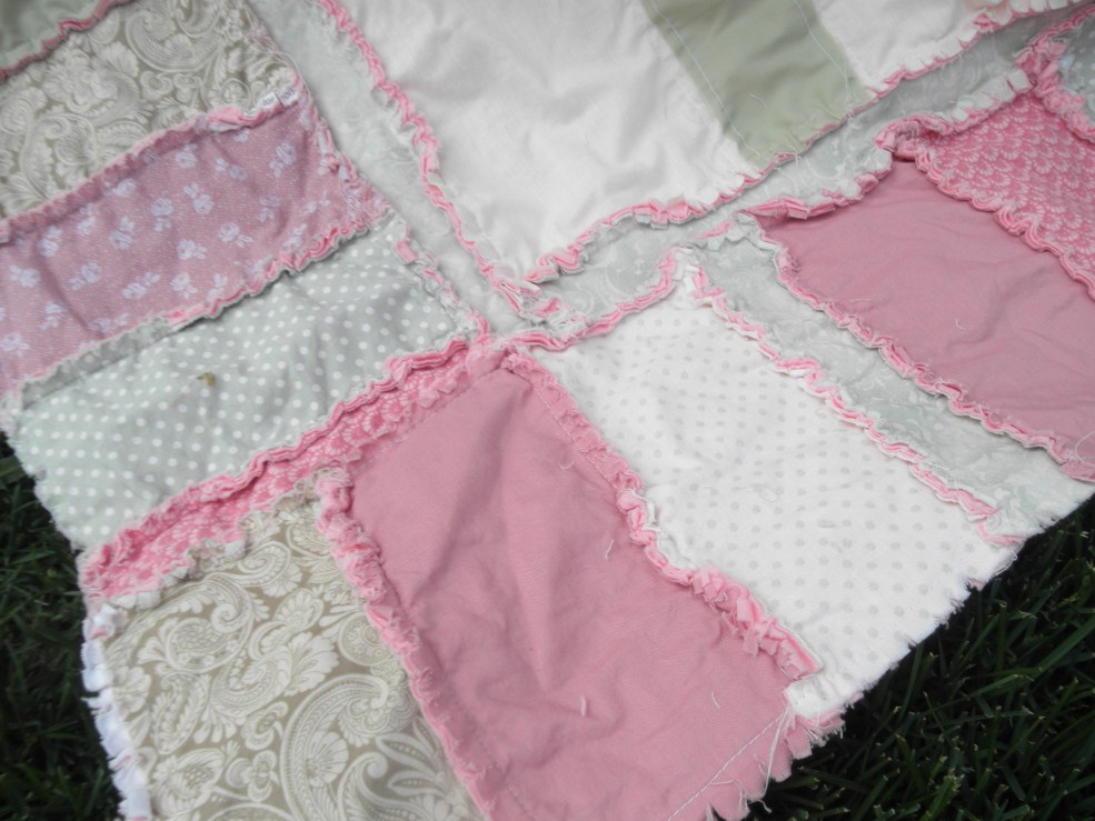 Ruffled Flower Rag Quilt Pattern | A Vision to Remember All Things