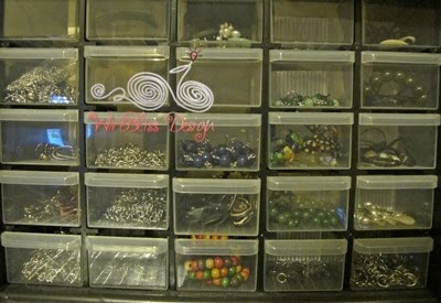 Beads storage and collection