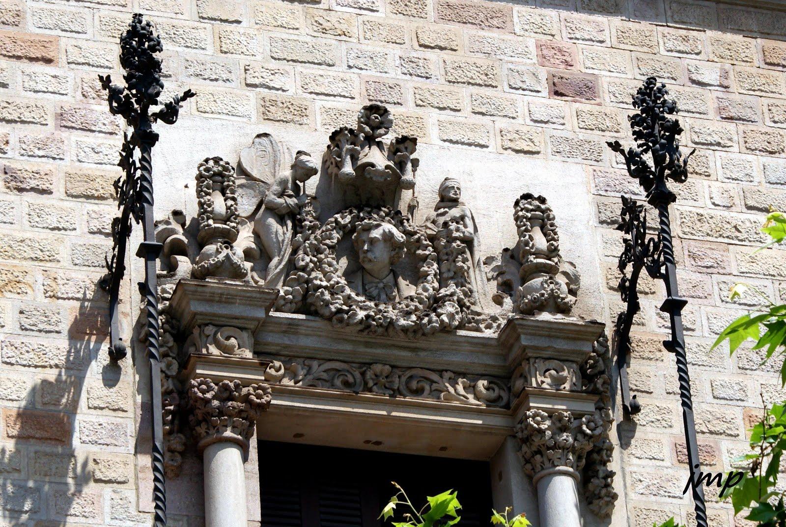 TOT PASSEJANT Casa Pere Serra