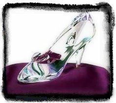 sofielovecokelat: Sejarah Sepatu Kaca Cinderella