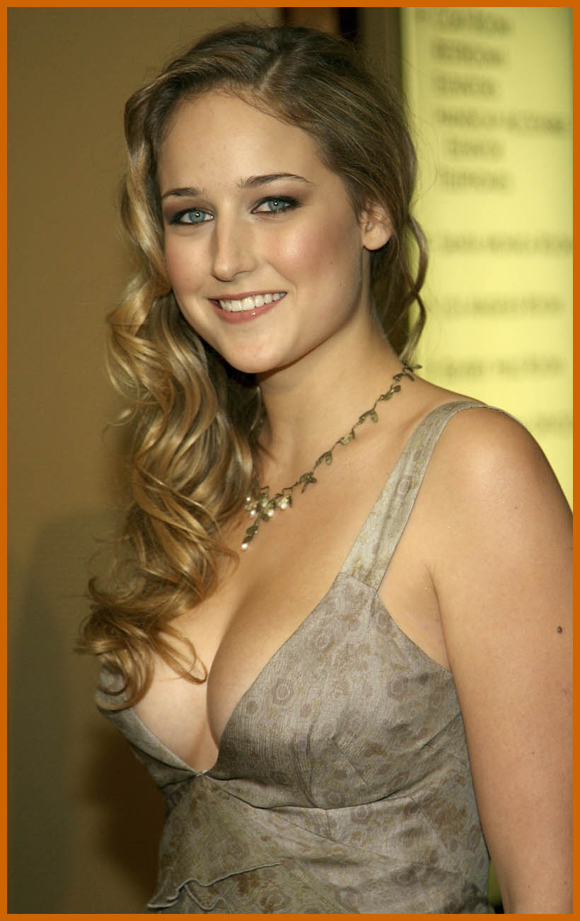 Hot Leelee Sobieski nude (72 foto and video), Topless, Cleavage, Twitter, cleavage 2019