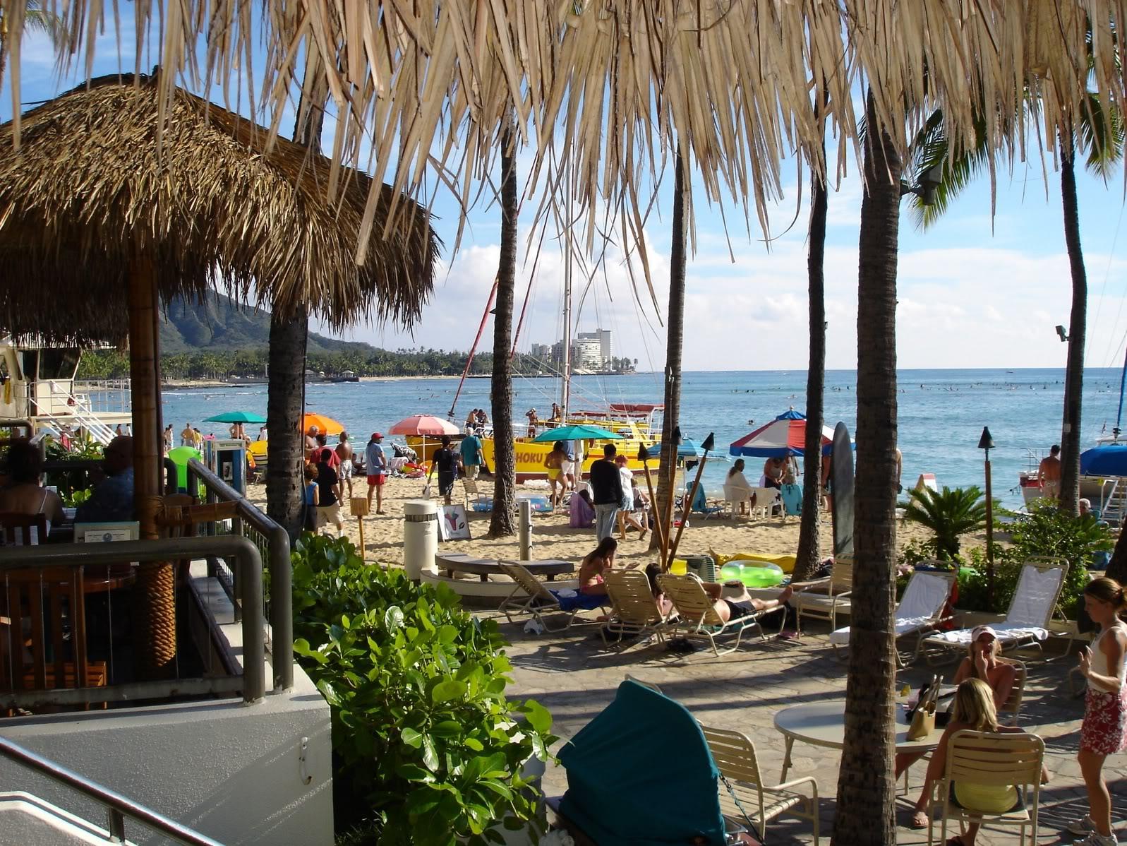 Barefoot Bar Waikiki Oahu
