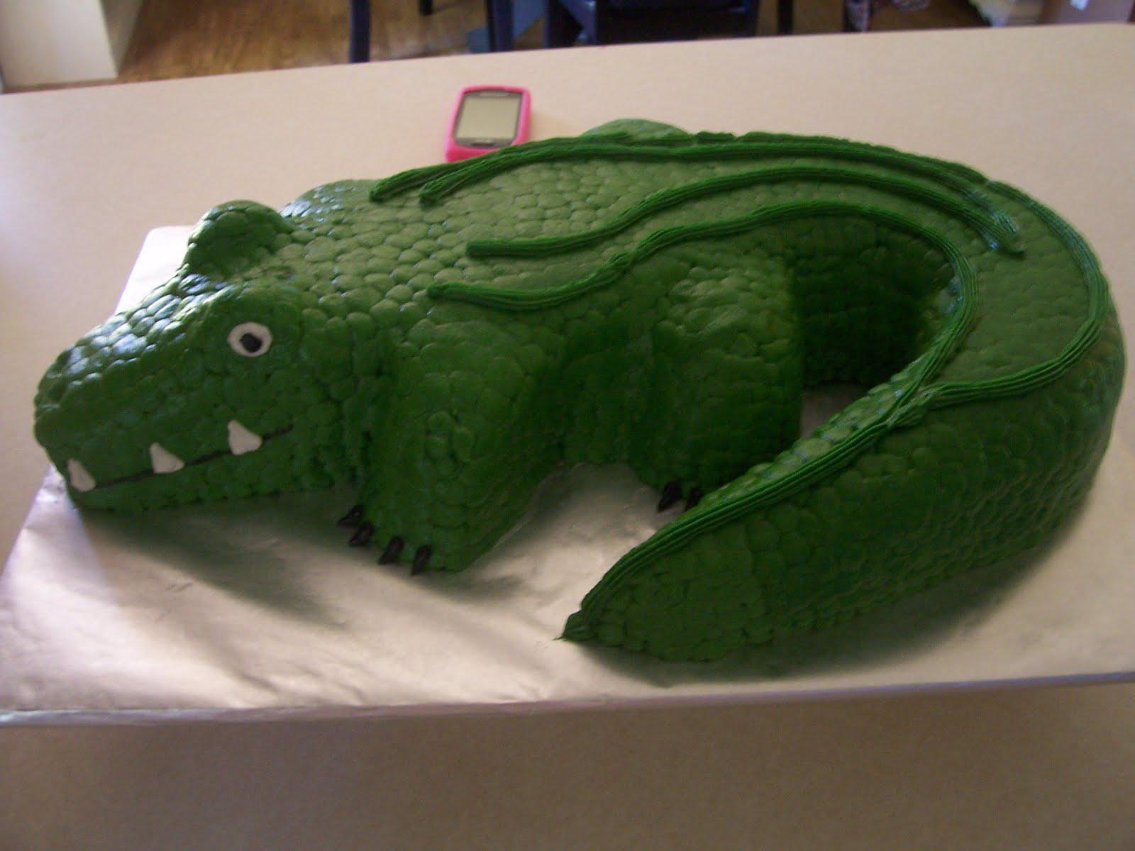 Dena S Designer Cakes Alligator Cake