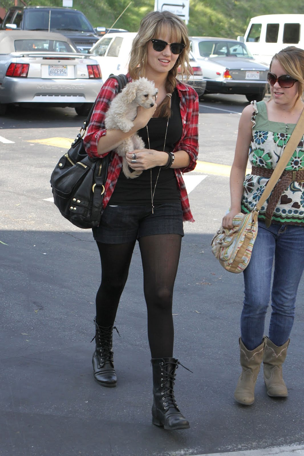 Brenda Song And Ashley Tisdale Cute Celebs Pantyhose:...