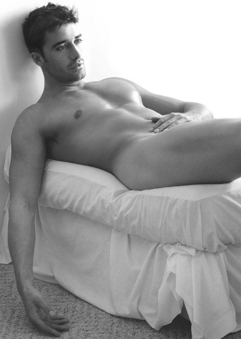 Gilles Marini Frontal Nude 76