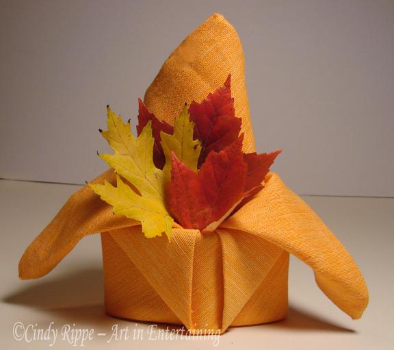 thanksgiving table napkin folding