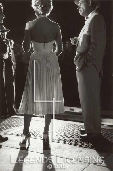 Weirdland Marilyn Monroe Her Sad Diary And White Dress