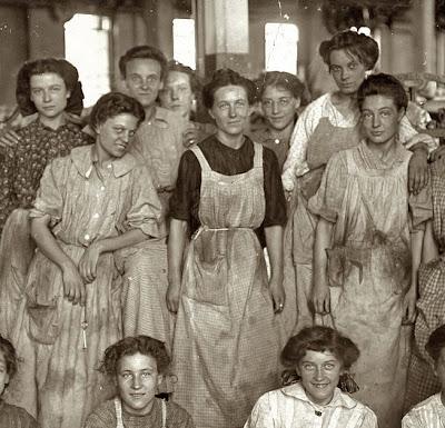 Resultado de imagen de revolucion industrial niños y mujeres