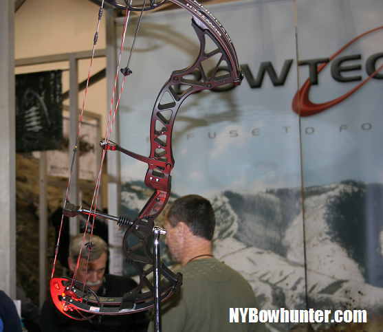 2011 Bowtech Invasion Debute At The Ata Show