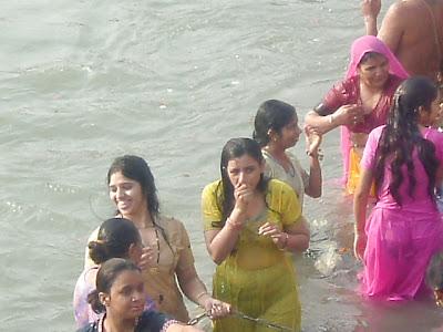 Finest Nude Indian River Bath Jpg