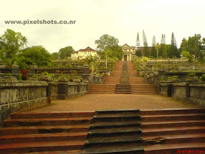 hill palace the palace now turned to archaeological museum of kerala,view of the steps leading to the old cochin palace