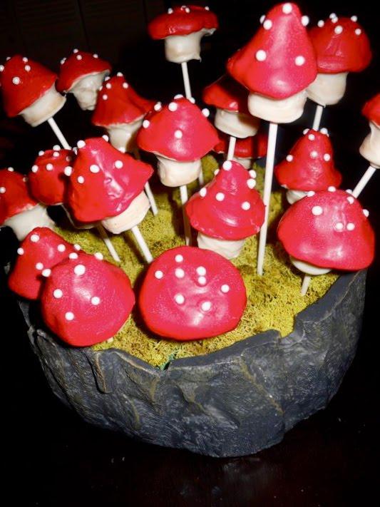 Mushroom Cake Pops Tutorial
