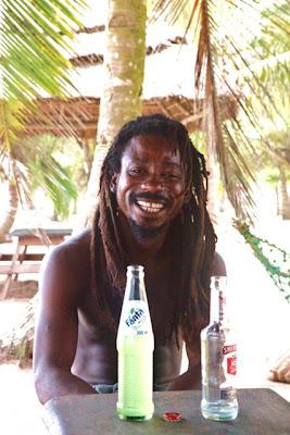 Bildergebnis für Busua Ghana Black Eagle Stonevillage