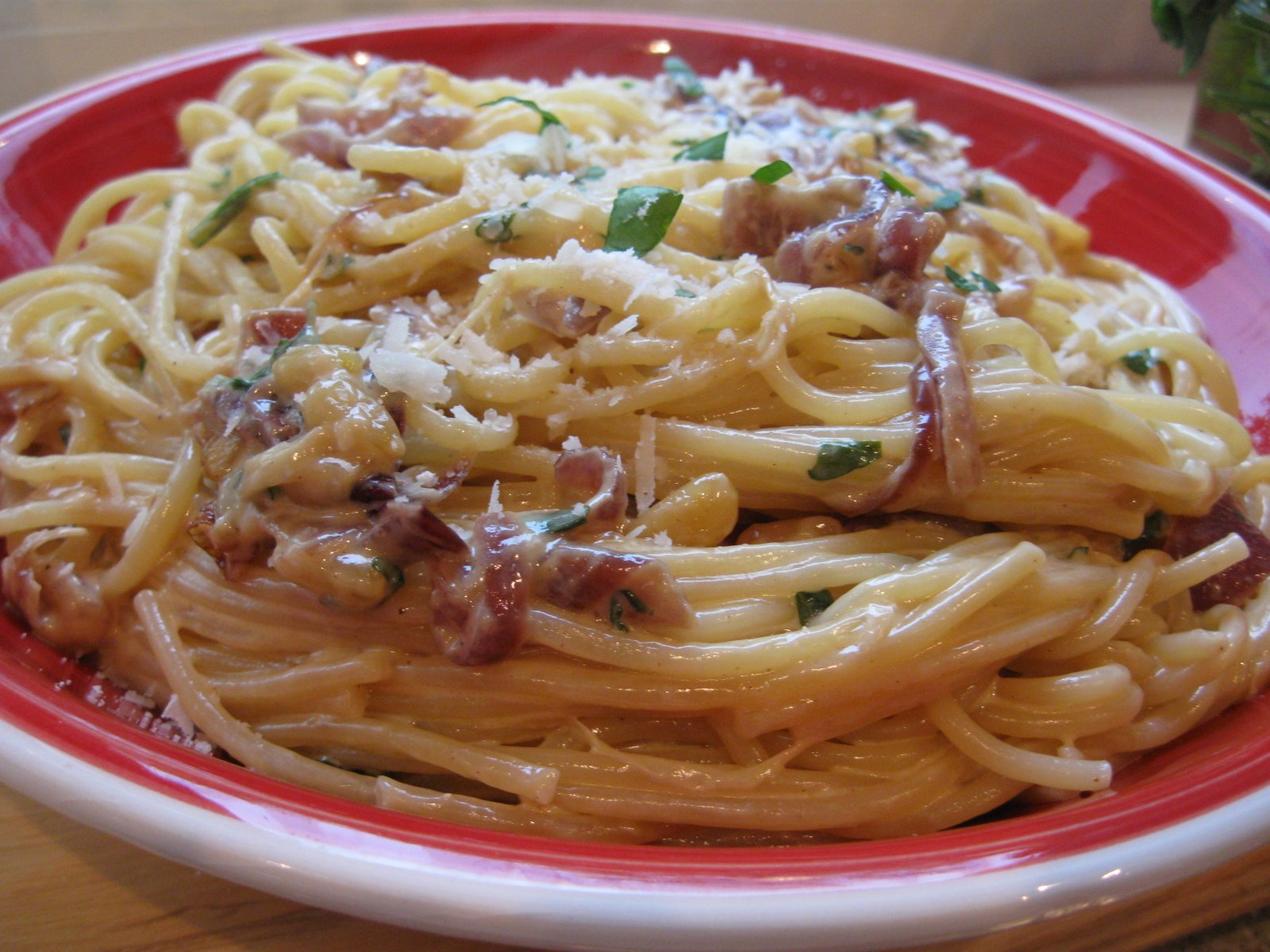 caramelised onion pasta