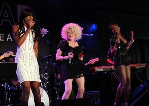 It Was A Night For The Girls Last Night As Kelly Rowland And Estelle Got To Perform With Cyndi Lauper At The Party And May I Add Kelly Wus Shitting In That