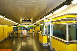 Las taquillas del Metro cierran