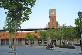 Esculturas de África en Puerta de Toledo