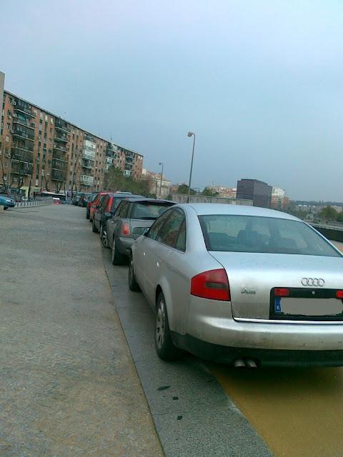 Madrid Río invadido por los coches