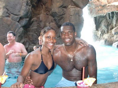 Greg Oden And Girlfriend Take Over Hawaii Blaze Of Love