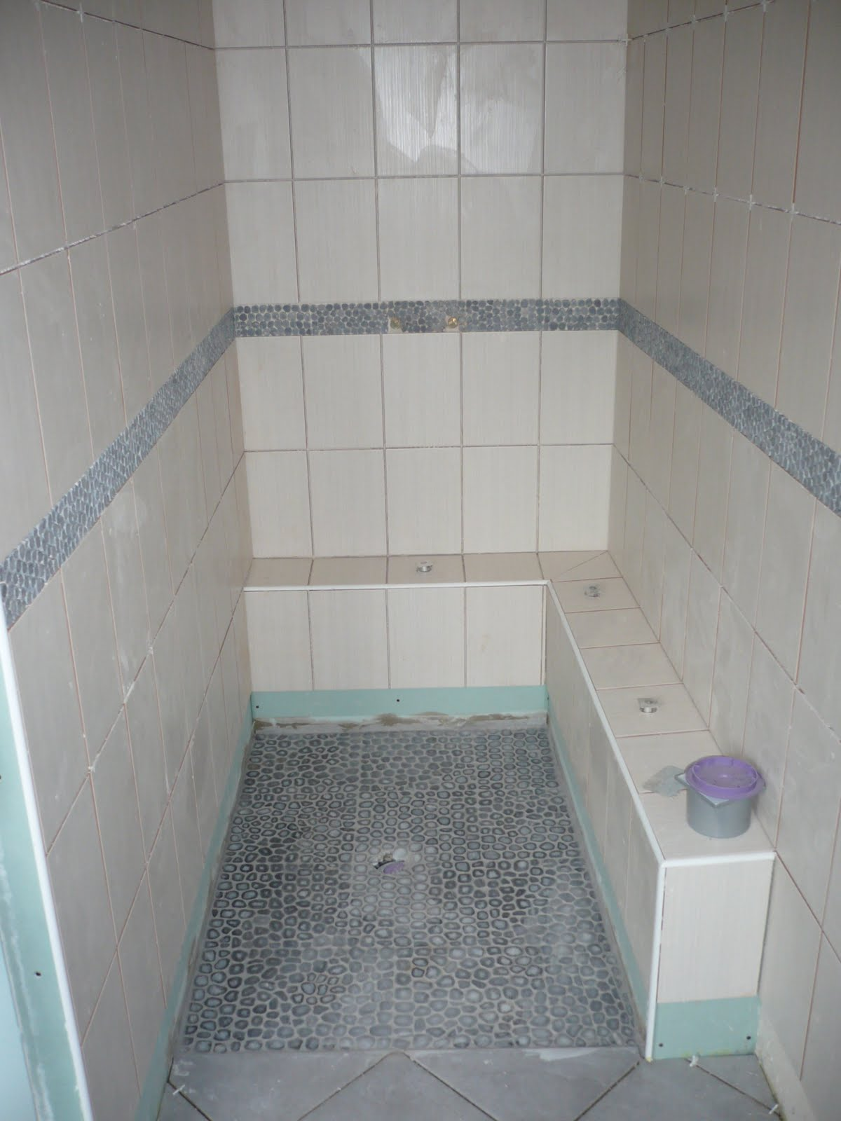 r novation maison briarde cr ation d 39 une salle de bain. Black Bedroom Furniture Sets. Home Design Ideas
