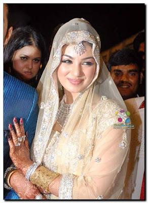 Latest Celebrity Photos: Ayesha Takia Wedding Picture