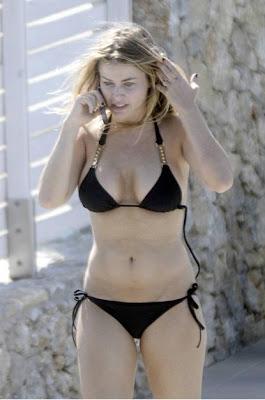 Explain more Carmen electra joggong bikini not absolutely