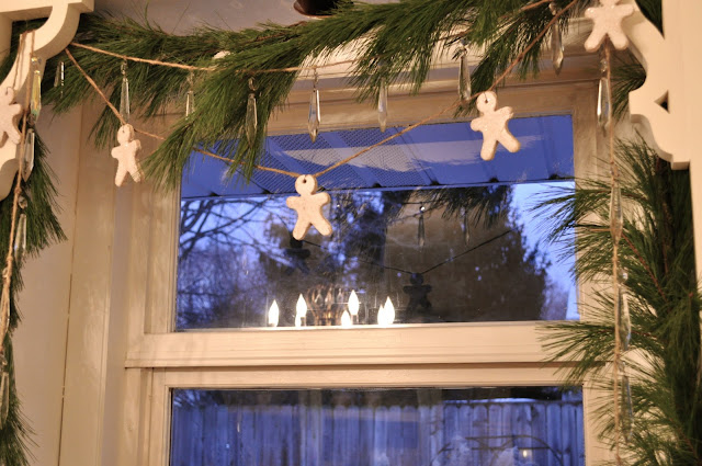 Fun garland made with salt dough ornaments
