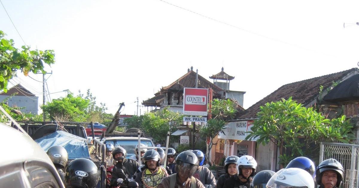 Bali+-+379 Seminyak Pic