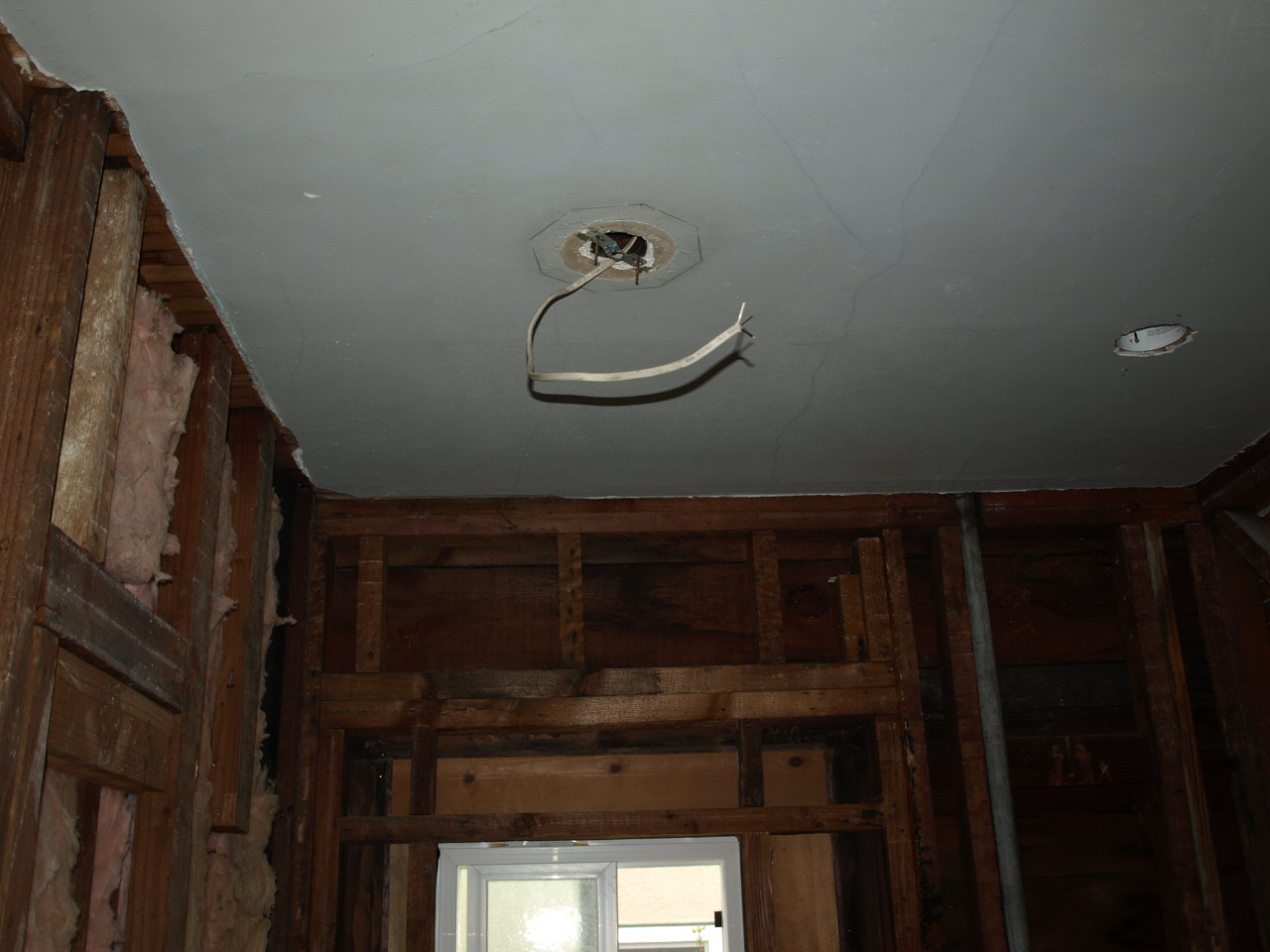 Retexturing The Bathroom Ceiling