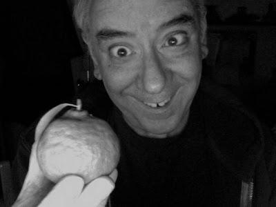 http://uncleeddiestheorycorner.blogspot.com/2008/04/how-to-eat-tangerine-like-zorba-greek.html