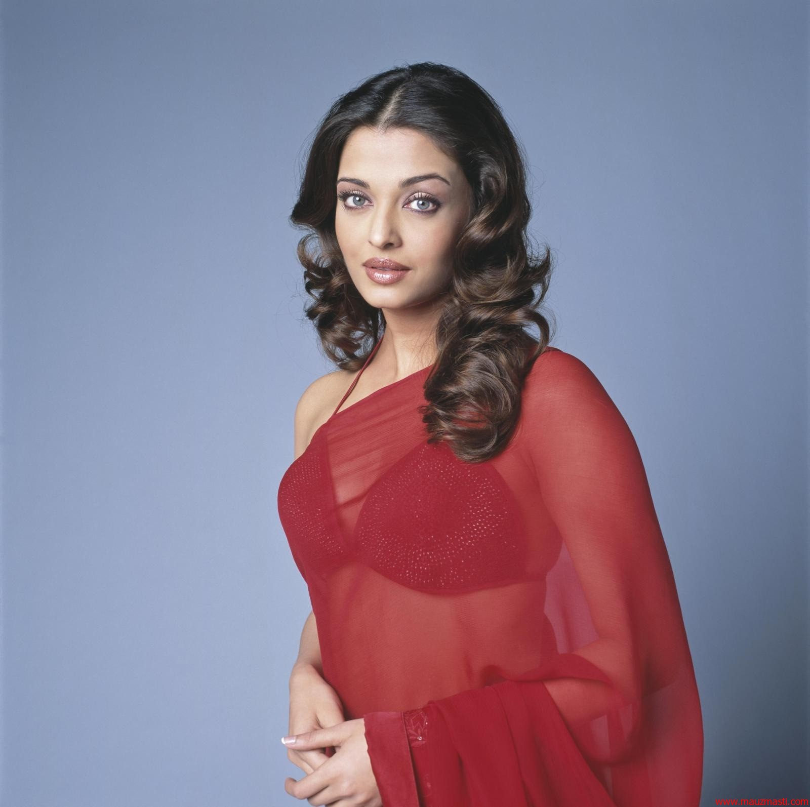 Bollywood Sexy Images Aishwarya Rai Hot In Red Saree-8839