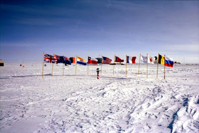 cerimonial south pole marker