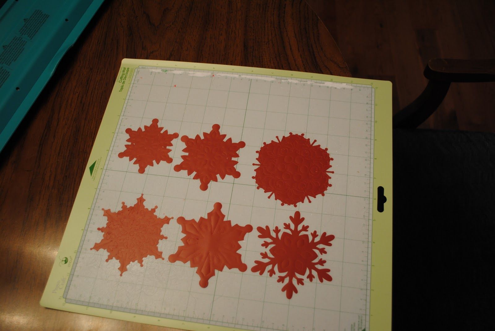 Keeping up with the Joneses: Snowflake Coasters (Cricut ...