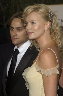 Charlize Theron y Stuart Townsend