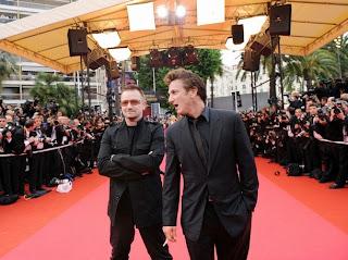Bono y Sean Penn en la alfombra roja de Cannes