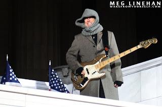 Adam ensayando para el concierto dedicado a Obama
