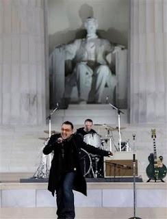 Fotos de U2 en el concierto We Are One 2