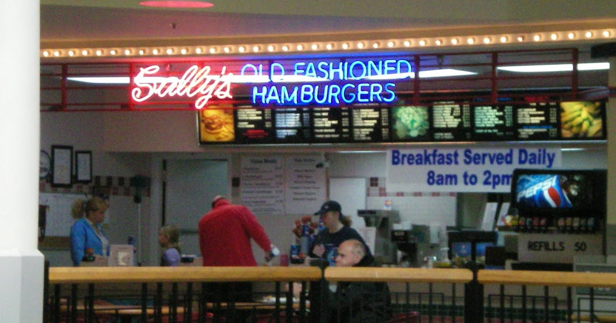 Skywalk Food Court Des Moines