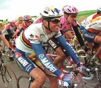 Abraham Olano, con el maillto del campeón del mundo