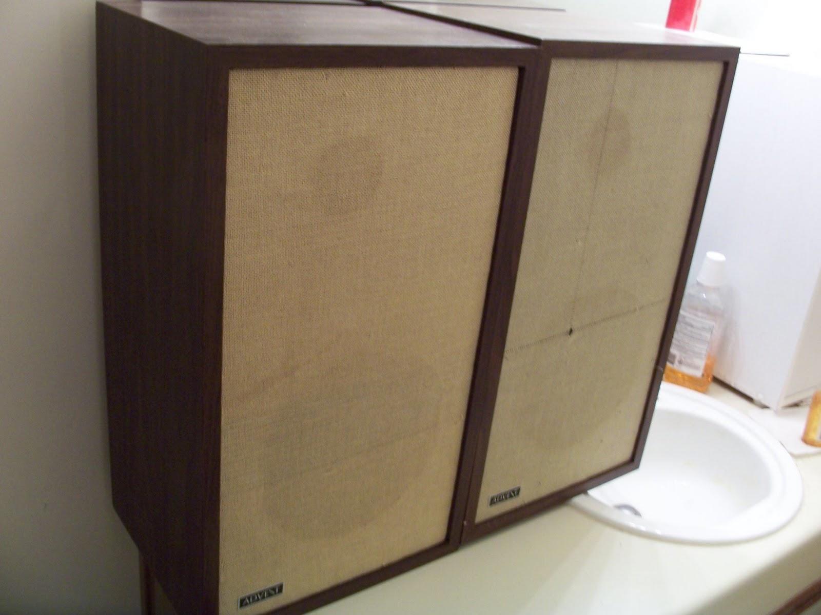 revolver 13 the original advent large loudspeaker by. Black Bedroom Furniture Sets. Home Design Ideas