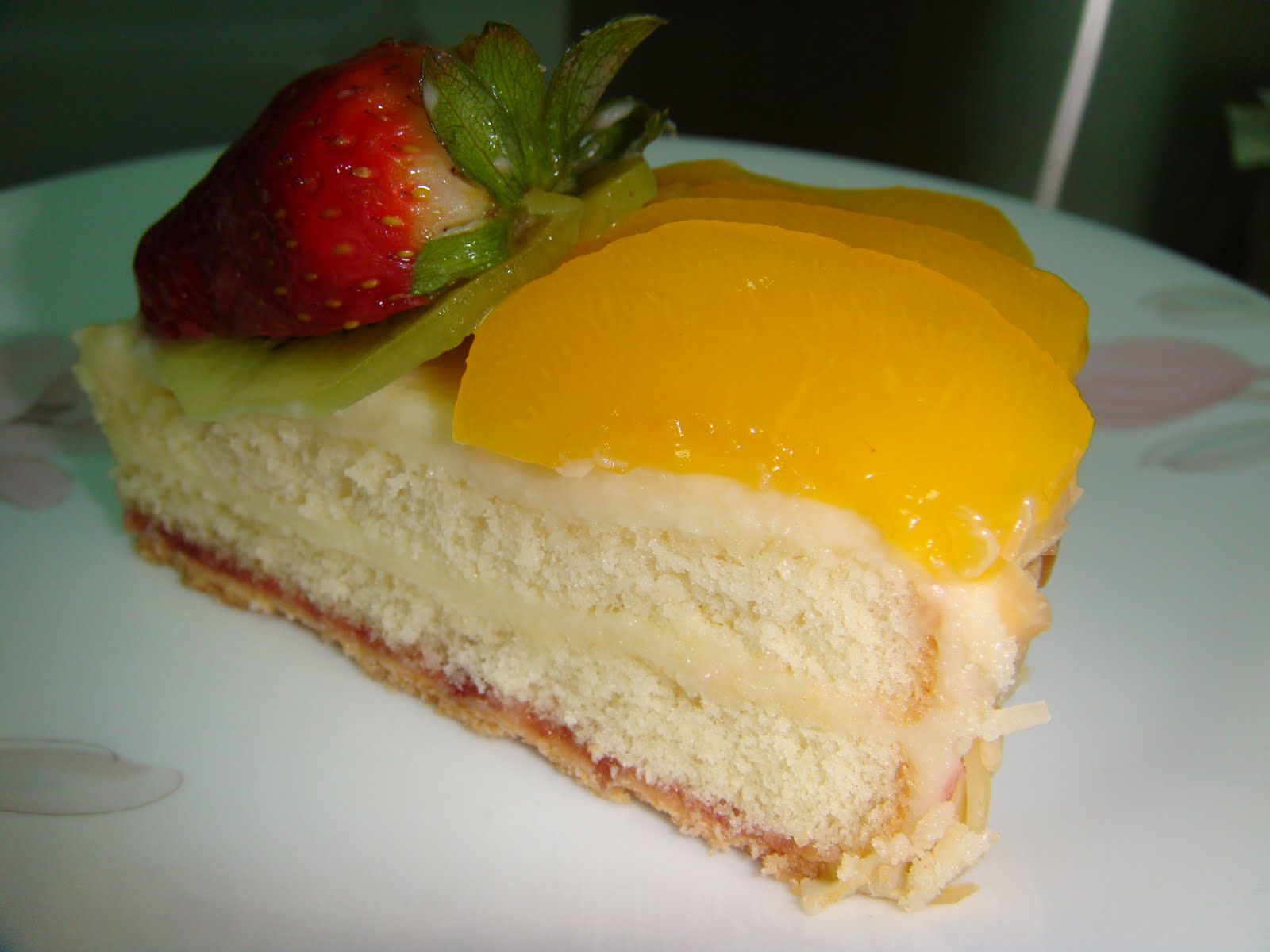Yummy Baking Fruit Flan Cake