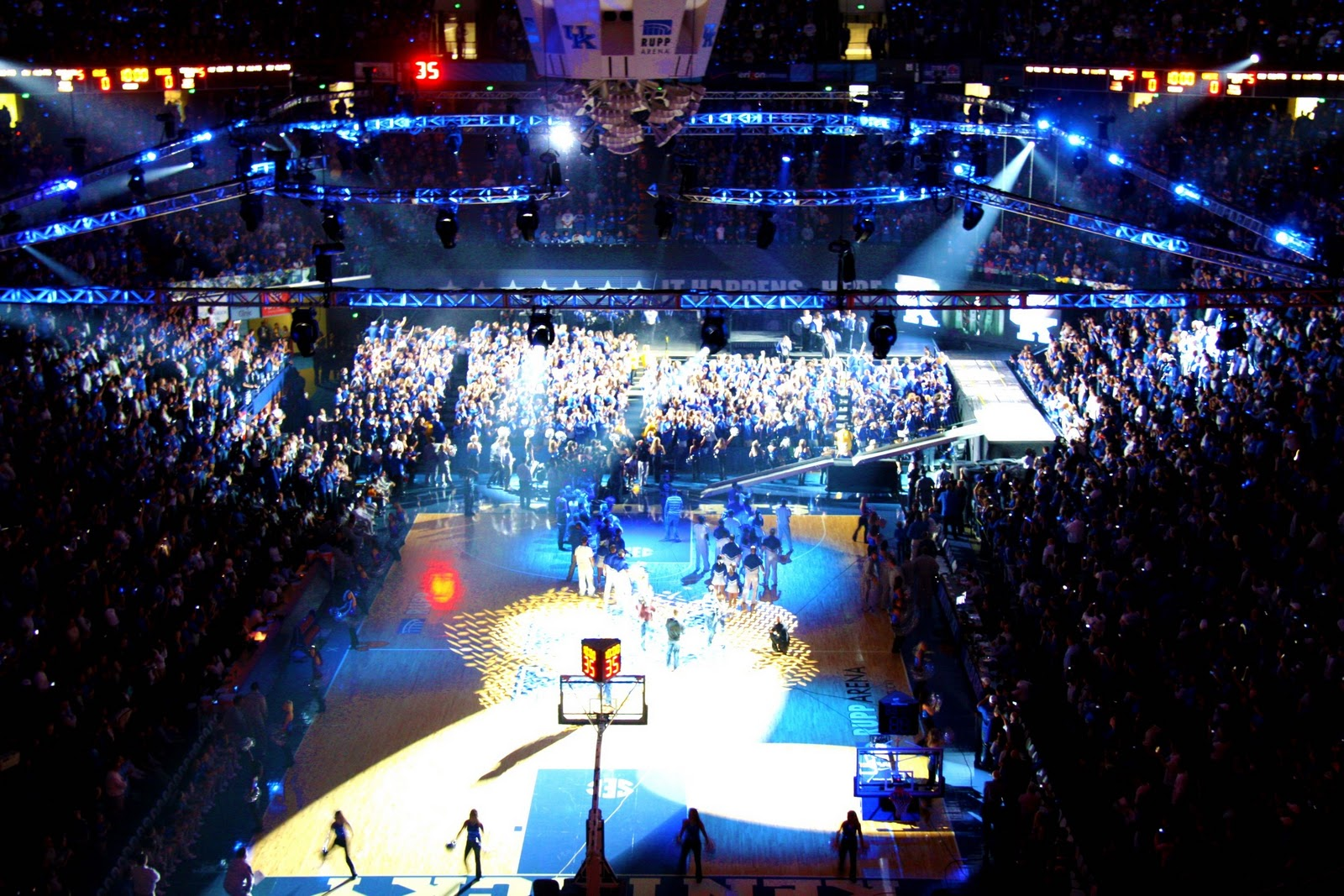 Rupp Arena Rafters Getting Painted Blue: The Catwalk: Basketball In The Bluegrass
