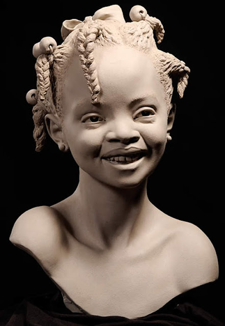 Escultura de argila por Philippe Faraut