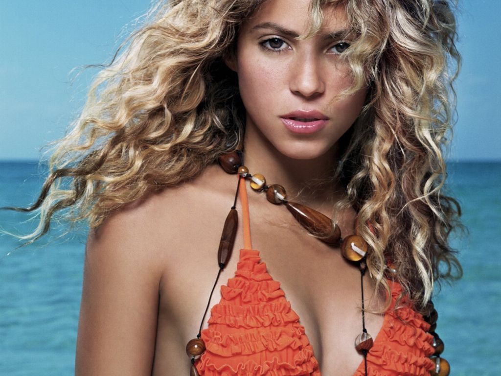 Hollywood Celebrity Actress Shakira Wallpapers Shakira