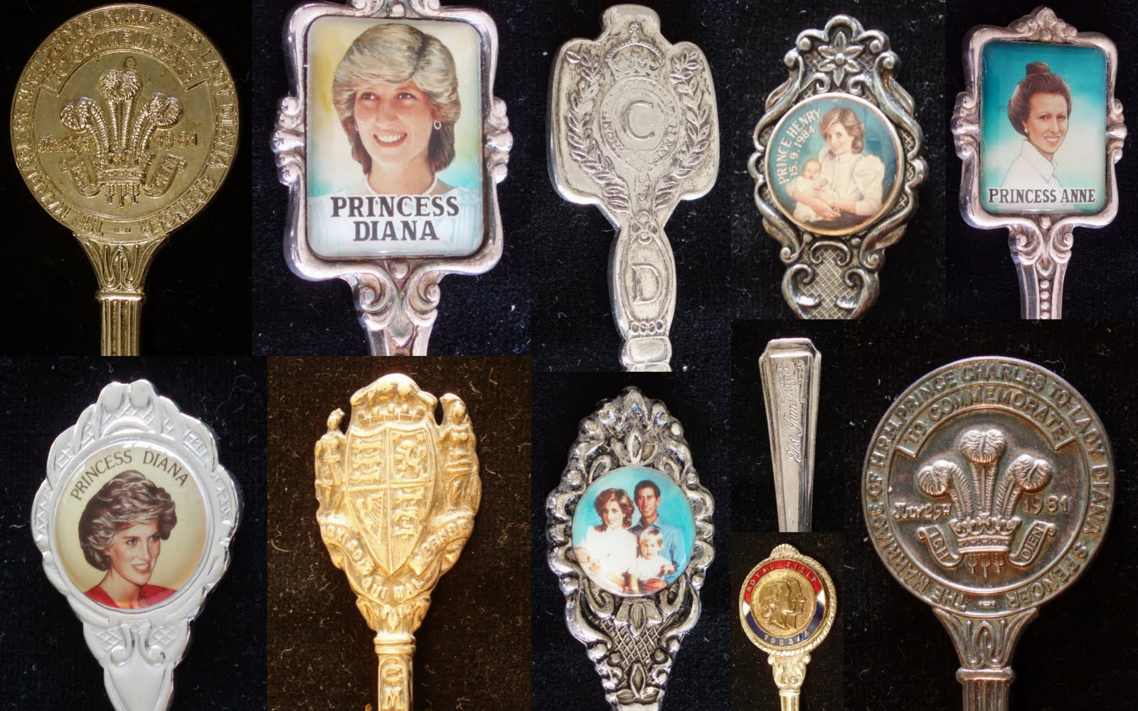 Souvenir teaspoons